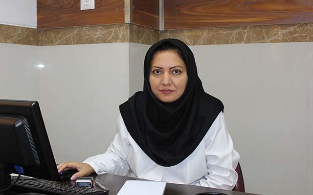 الدكتورة نفيسه نادري